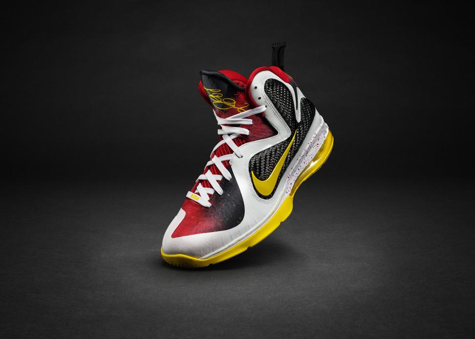 "Nike LeBron 9 ""Championship Pack"""