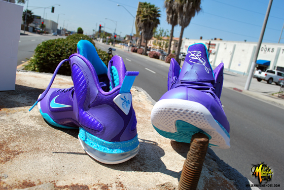 "promo code 8dfa7 5eb67 Color  Pure Purple Turquoise Blue-White Style  469764-500. Release   3 31 2012. Price   170.00. Nike Air Max Lebron IX 9 ""Summit Lake Hornets""  Men s Size 13 ..."