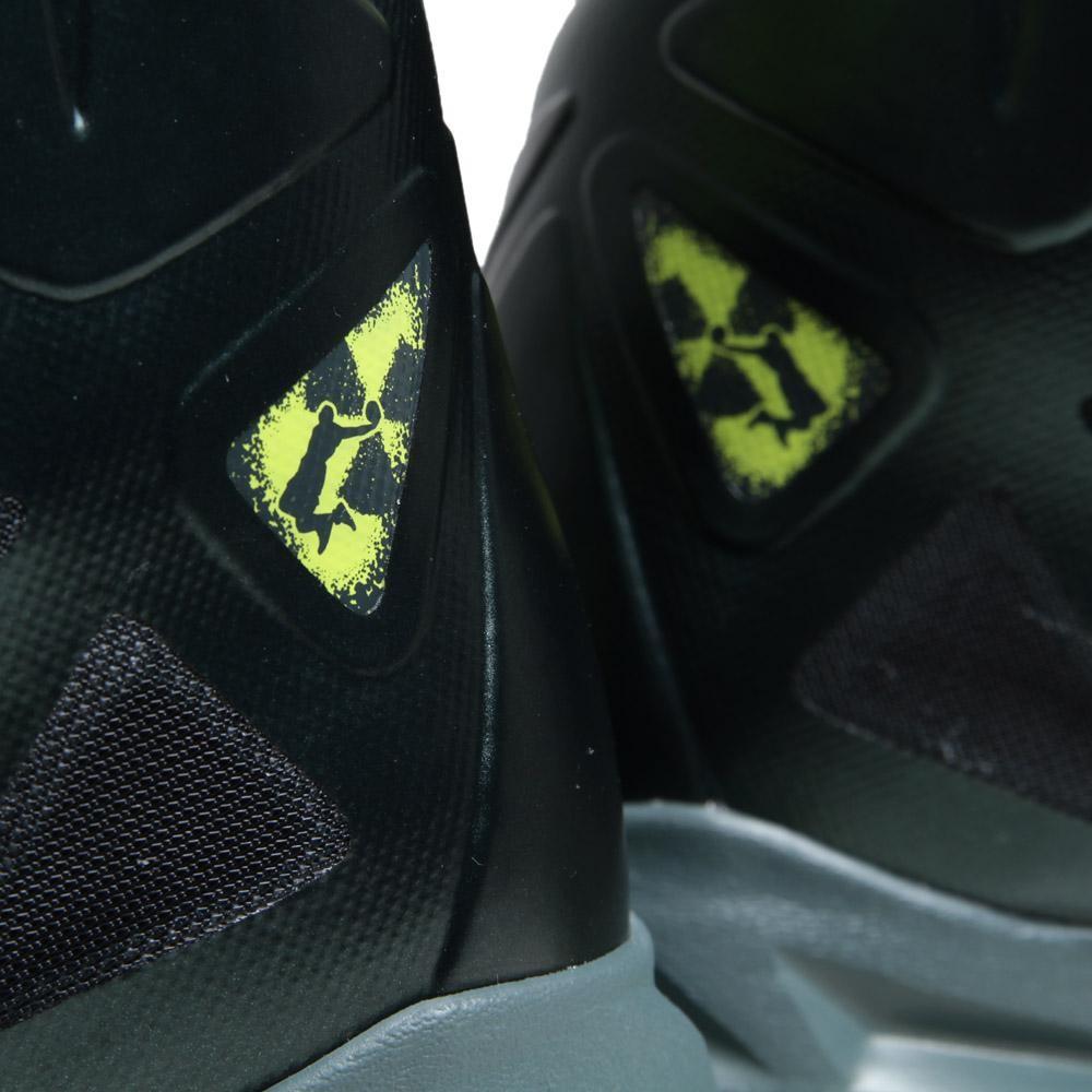 premium selection 8a609 67c6c Nike Lebron Zoom X 10 Dunkman Atomic Green Size 10 2012 Basketball Shoes