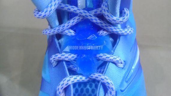 34e25c14133 Nike LeBron X (10)