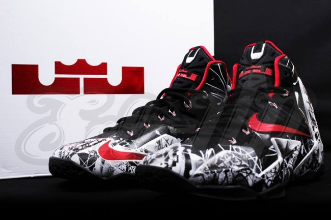 It features a black base with negative-positive graphics covering the  entire upper. A red swoosh and matching lining provides some extra flavor  to the ... 90a4c69ed651