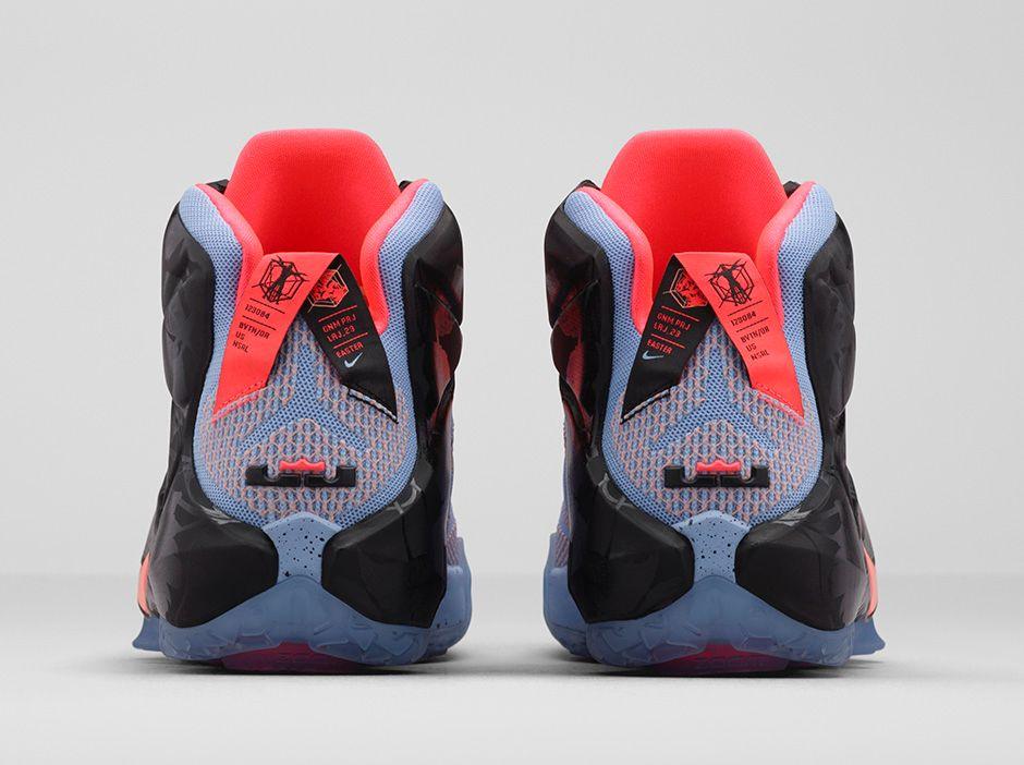 d2b66bcf1f65e Nike LeBron 12