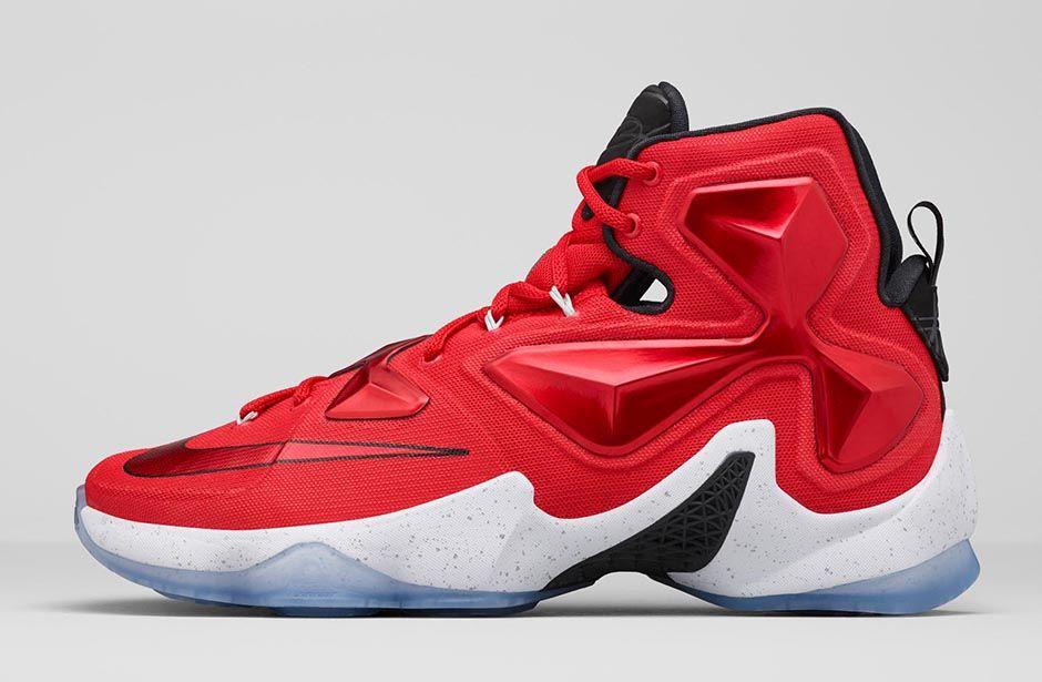 the latest f22b0 35c5e Nike LeBron XIII