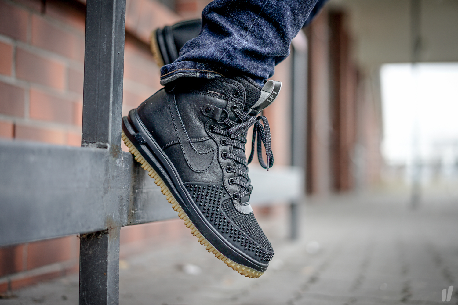 e565813feed8 Nike Lunar Force 1 Duckboot Black Metallic Silver - Air 23 - Air Jordan  Release Dates
