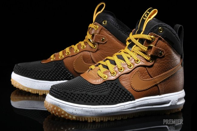 Nike Lunar Force 1 Duckboot Color: Black/Gold Dart-White-Light British Tan  Style: 805899-004. Price: $165.00