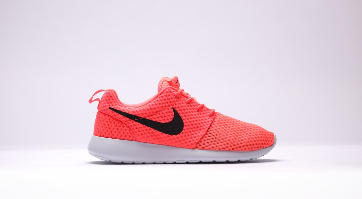 outlet store 42976 053f0 Nike Roshe One BR Color  Hot Lava Black-White Style  718552-801