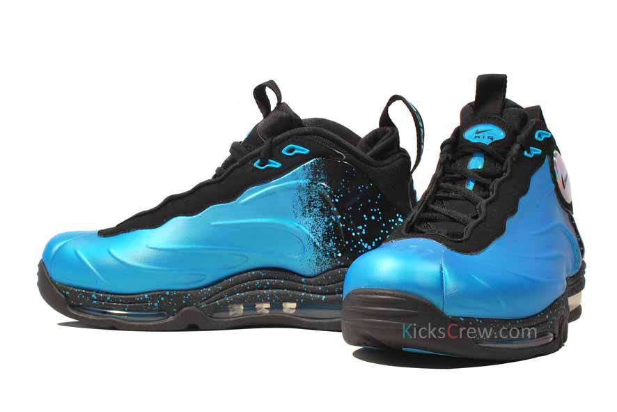 61bcb7f287e Nike Total Air Foamposite Max Release  10 06 2012. Color  Current Blue Black -Current Blue Style  472498-400. Price   225.00