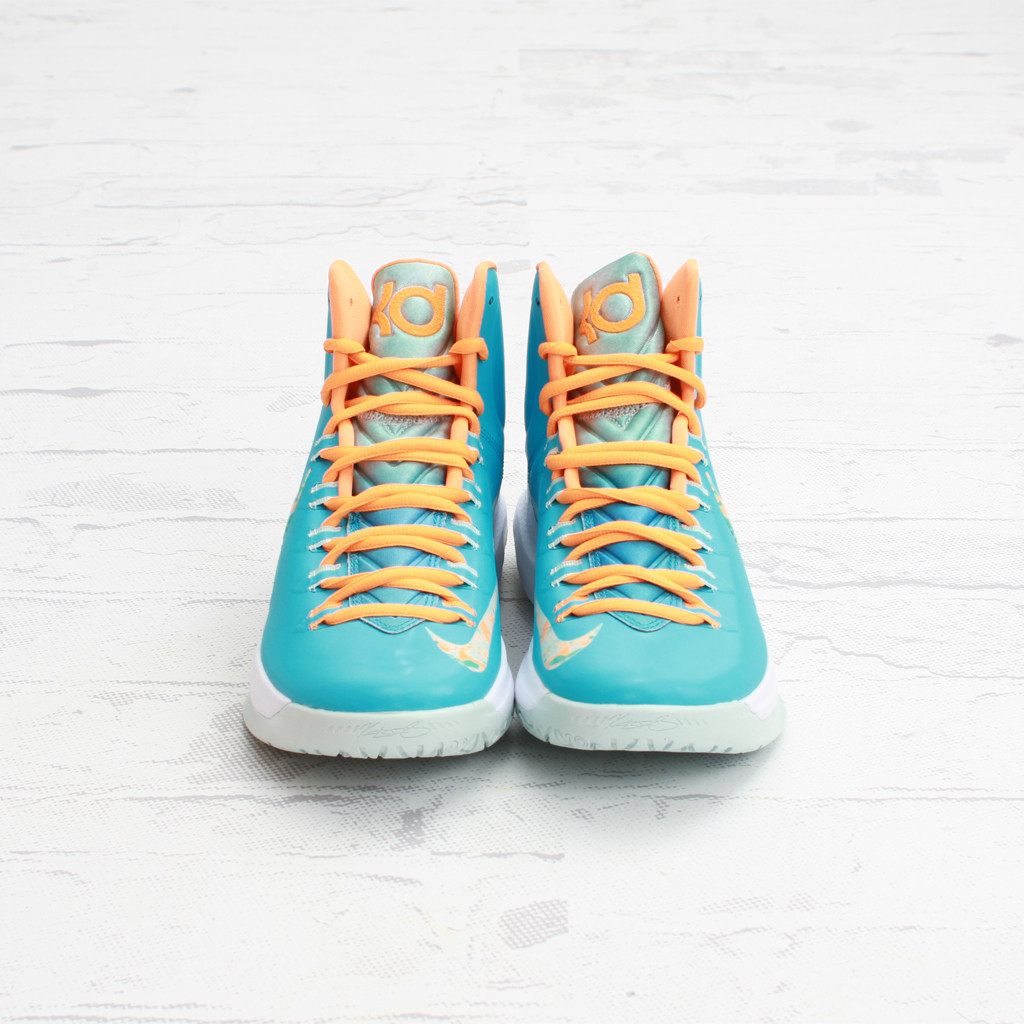 official photos 3a92c 3dd1b Nike KD V(5) Color  Turquoise Blue Bright Citrus-Fiberglass Style  554988- 402. Release  3 29 2013. Price   115.00