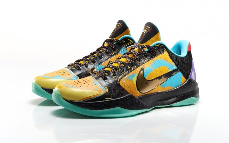 huge selection of f3cc2 24fa5 Nike Zoom Kobe IV and V Prelude on eBay