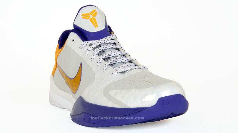 """the best attitude 43577 5f4f4 Nike Zoom Kobe V """"Home"""" Available in April"""
