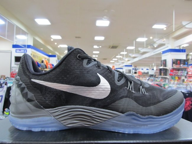 online store 0fb5b 341f4 NEW NIKE ZOOM KOBE VENOMENON 5 MENS 749884-001 BLACK GREY BASKETBALL SIZE 10