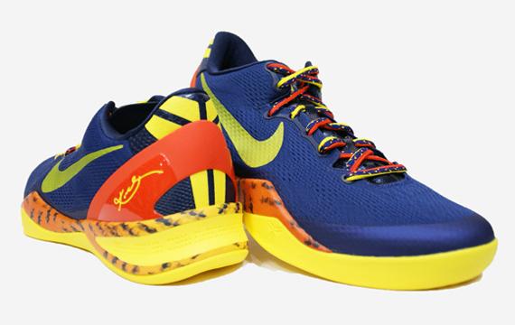 size 40 0a5a9 78c72 Nike Kobe VIII 8 System Milk Snake Red Camo Boa Size 13 555035-601
