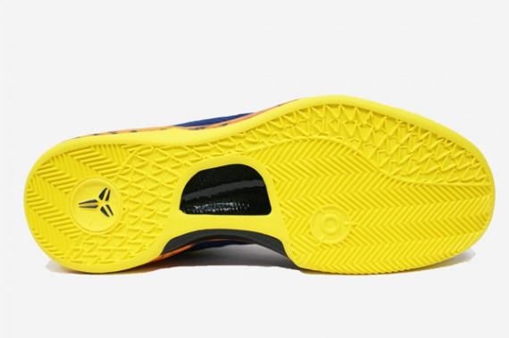 8d70617508b Nike Kobe VIII 8 System Milk Snake Red Camo Boa Size 13 555035-601